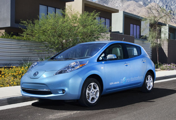 Nissan Leaf wins 2011 World Car of the Year title