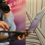 ASUS unveils ASUS UX21 Ultra-thin Sandy Bridge Laptop at Computex 2011
