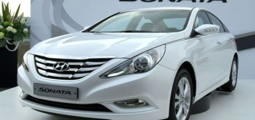Hyundai Sonata Sedan - 2011 Best Family Car Review, Specs, Price