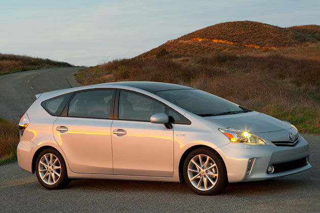 2012 Toyota Prius V confirmed to be released this fall in U.S as scheduled