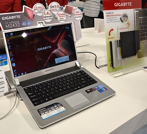 Gigabyte M2432 Laptop with docking Station unveiled at Computex 2011; Specs and Hands-on Video