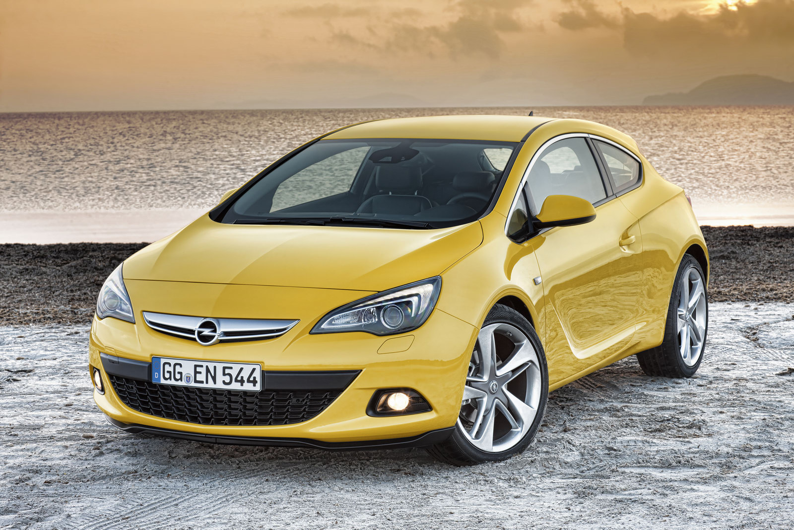 2012 Opel Astra GTC officially unveiled in Europe; Pre-order begins