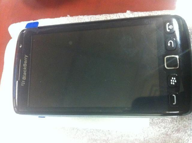 BlackBerry Monza aka Touch/Monaco on Sale in Dubai for $1500