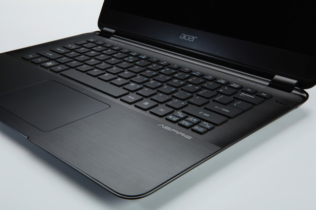 Acer Aspire S5 Slimmest Ultrabook unveiled at CES 2012