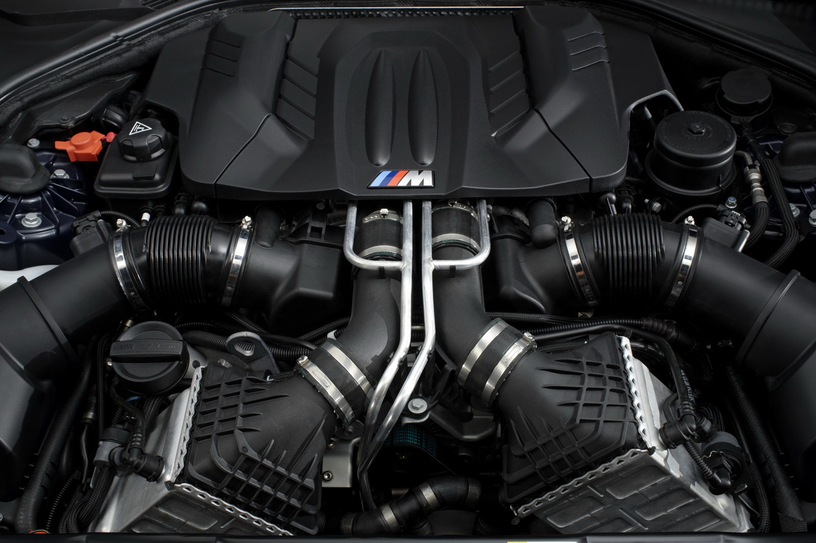 2013 Bmw M6 Coupe And Convertible Unveiled Images And Specs Tech