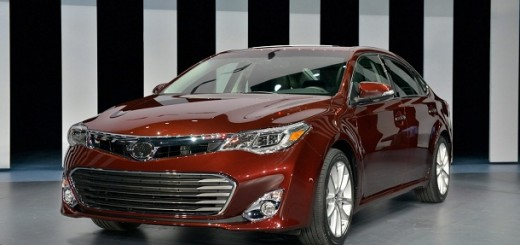 2013 Toyota Avalon Sedan debuts at at New York Auto Show