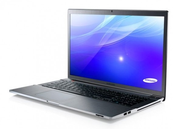 Samsung Series 7 Chronos 17 inch Laptop goes on Sale; pricing $1499.99
